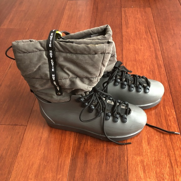 7dfa0970e49 Women rain/snow boots